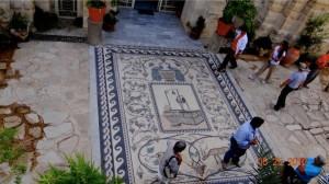 4 stone mosaic