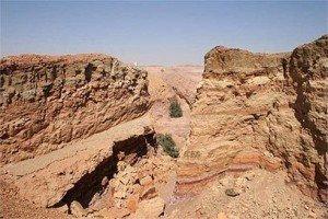 Mitzpe-Ramon-Ramon-Crater-israel-1185162_408_272