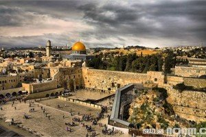 The Western Wall, photo by Noam Chen.