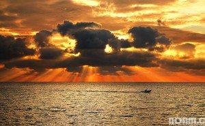 Tel Aviv sunset. Photo by Noam Chen